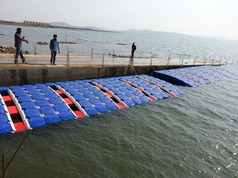 Integrated Drive on Docks for Jet ski, Modular Pontoon for Boats at Gangapur Dam, Near Nashik, Maharashtra